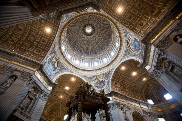 Basilica_di_San_Pietro,_Rome_-_2647
